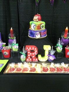 Disney Descendants birthday party! See more party ideas at CatchMyParty.com!