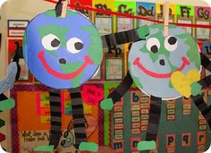 """These cute """"Earth Day Character Books"""" open up to reveal a writing area. These Earth Day projects would make an eye catching bulletin board display. From: Step Into Second Grade Earth Day Activities, Spring Activities, Holiday Activities, Art Activities, Holiday Crafts, Educational Activities, Daycare Crafts, Classroom Crafts, Preschool Crafts"""