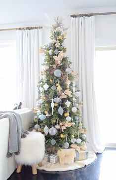 12 Bloggers of Christmas with Balsam Hill – A Mixed-Metal Christmas Tree