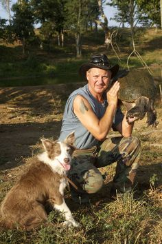 Lolly the Dog and Turtleman in Call of the Wildman. Lebanon, Kentucky is the hometown of Ernie Brown, Jr., better known around these parts as the Turtleman.