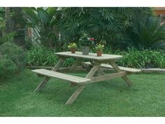 Catral Garden, specialist in garden, cultivation and decoration Picnic Table, Furniture, Delaware, Home Decor, Chicago, Gardens, Wood Planks, Wood Slats, Wooden Tables