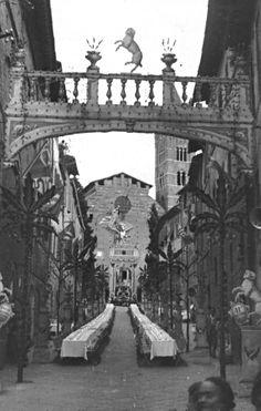 Cena della Vittoria del Palio Straordinario del 28 Maggio 1950. Dal sito della Contrada di Valdimontone (http://www.valdimontone.it/)