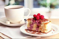 W #menu m.in. wiele rodzajów #kawy, #smoothies, świeżych soków, deserów, a także przekąski na słono: #kanapki, #panini, bruschetta i więcej http://www.wrodeal.pl/oferta/franz-kawka-52580341