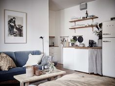 my scandinavian home: A beautiful, Small Swedish Home in Neutrals (loving the kitchenette)