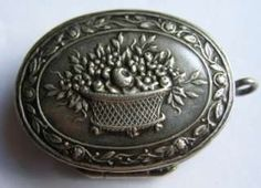 ANTIQUE 1900 SILVER REPOUSSE SNUFF PILL BOX CHATELAINE