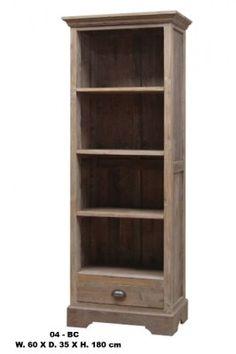 Smal teak boekenkast met 3 schappen en 1 lade onderin. Deze boekenkast is 60 x 35 x 180.