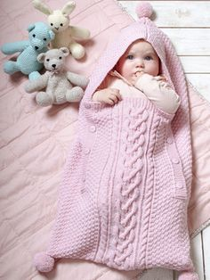 Vauvan neulottu unipussi
