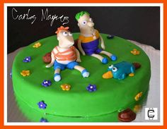 PHINEAS AND FERB FONDANT CAKE