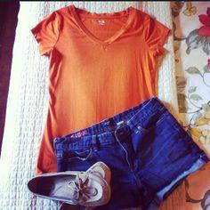 Pumpkin V-neck tee Longer-length, fitted t-shirt. Pretty rusty orange and so soft! Orange Blazer, V Neck Tee, Fashion Tips, Fashion Design, Fashion Trends, Tees, Shirts, Pumpkin, Pretty