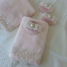 Toz Pembe Havlu&Sabun Takımı