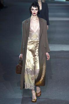 Louis Vuitton Fall 2013 Ready-to-Wear Fashion Show - Alexandra Martynova (CITY)