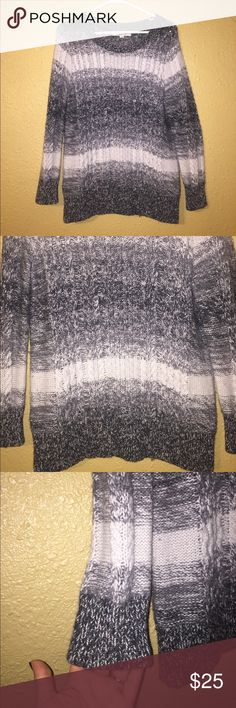 Ann Taylor LOFT Chunky Knit Sweater Ann Taylor Chunky Knit Sweater. Size Medium, Black, white and gray mixture. EUC LOFT Sweaters Crew & Scoop Necks