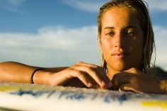 """Lee Ann Curren, one of the best European female surfers gives us an advice : """"Believe in yourself and keep training every day because your efforts will be rewarded in the end!"""""""