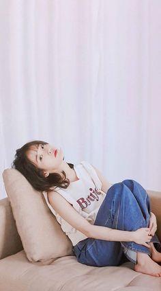 38 Stylish Korean Outfit In Rainy Season Iu Fashion, Korean Street Fashion, Human Poses Reference, Rolled Up Jeans, Rainy Season, Fandom, Korean Celebrities, Korean Outfits, K Idols