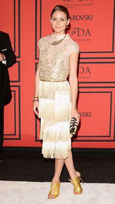 Olivia Palermo golden girl fringes outfit look dorado con flecos La chica de oro
