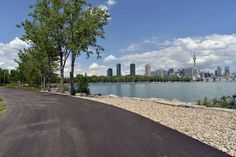 The most beautiful bike rides in Toronto show off the city's natural topography, includingravines, riversand the shoreline. For a place that's so...