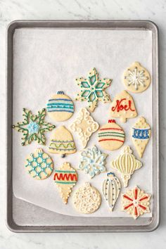 christmas cookies decorated Weihnachtspltzchen These Christmas sugar cookies make the best Christmas dessert! Try every one of these Christmas cookie decorating ideas this December. Easy Christmas Cookies Decorating, Best Christmas Desserts, Best Christmas Cookies, Holiday Cookies, Christmas Baking, Cookie Decorating, Decorating Ideas, Christmas Potluck, Christmas Holidays