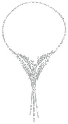 Premiers Brins #Necklace from #LesBlesDeChanel - #Chanel - #FineJewelry collection in 18K white gold set with a 1.5 carat #BrilliantCut - #Diamond, 5 #MarquiseCut - #Diamonds (1.3 ct) and 484 brilliant cut diamonds (15.9 cts) - July 2016 ---