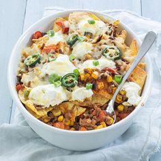 Nacho's met gehakt uit de oven Nacho's met gehakt ui. Healthy Tacos, Quick Healthy Meals, Healthy Recipes, Healthy Food, Easy Oven Baked Chicken, Seafood Diet, 15 Minute Meals, Food Is Fuel, Rigatoni