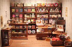 https://flic.kr/p/p1YhKz | image | 1:12 miniature English grocer's shop