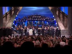 Ann Nancy Wilson of Heart) singing 'Stairway To Heaven' in the Kennedy Center Honors for Led Zepplin