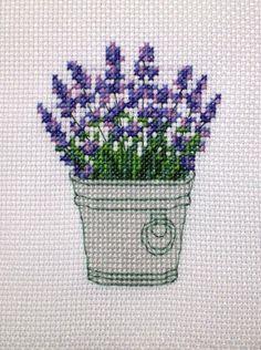 Lavendel 123 Cross Stitch, Cross Stitch Kitchen, Cross Stitch Borders, Cross Stitch Flowers, Cross Stitch Designs, Cross Stitching, Cross Stitch Embroidery, Hand Embroidery, Cross Stitch Patterns