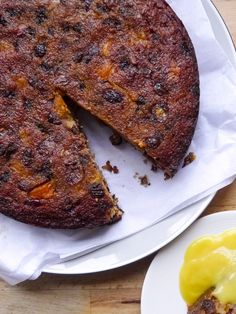 Healthy Christmas fruit cake recipe that's gluten free, dairy free and grain free using almond flour and coconut flour.