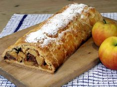 Easy Apple Strudel Recipes-Some clichés are clichés for grounds. While you believe Appel Strudel on a niche site featuring Viennese foodstuff is alm. Easy Apple Strudel Recipe, Strudel Recipes, Apple Recipes, Austrian Desserts, German Baking, Granny's Recipe, Apple Bread, Sweet Tarts, Hot Dog Buns