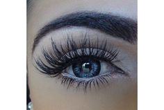 faux mink lashes in Farah Make-up Pretty Makeup, Love Makeup, Makeup Inspo, Makeup Inspiration, Beauty Makeup, Makeup Kit, Huda Beauty, Makeup Tips For Small Eyes, Eyelash Extensions Styles