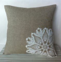 Tan white vintage doily floral pillow cover, cushion,decorative throw pillow, inspiration for a nice diy Sewing Pillows, Diy Pillows, Cushions, Tapetes Vintage, Cushion Covers, Pillow Covers, Sewing Crafts, Sewing Projects, Diy Projects