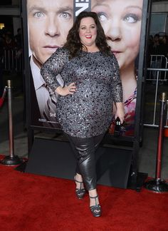 Hey curvy girls all over the world, I am so hyped to see Melissa McCarthy's new movie Identity Theft. I think she is so funny and talented. Curvy Girl Fashion, Plus Size Fashion, Women's Fashion, Fashion Ideas, Gilmore Girls, Big And Beautiful, Beautiful People, Hello Gorgeous, Absolutely Gorgeous