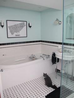 Google Image Result for http://bigdigreno.files.wordpress.com/2011/05/black-white-art-deco-bathroom.jpg