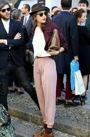 Outfit pantalón bombacho. Pantalones bombachos para mujeres. Cómo llevar un pantalón bombacho. Ideas y tips.
