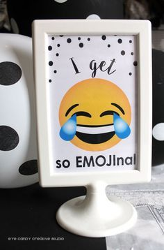 SIGNS for Emoji Birthday party @eyecandycreate #emojis #emojibirthday #emojiparty