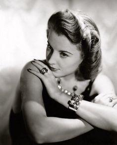 Barbara Stanwyck, 1939.