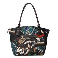New this season, the Chelsea Tote is perfect on its own for everyday or as a second bag when you need to carry a bit more. Features stitched and folded Italian leather handles with a drop to fit comfortably over the shoulder. For AW14, we crafted it in our signature Bedford Nylon in our custom butterfly print.
