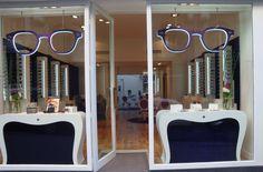 Chic Parisian Boutique Opens in Nantes, France 1st December 2011 This elegant Parisian optical boutique has opened a new shop in Nantes, on the west coast - Les Plus Belles Lunettes du Monde