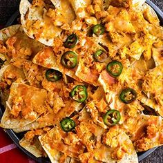 Check out this great recipe from Franks RedHot: Franks-Redhot-Buffalo-Chicken-Nachos Chicken Nachos Recipe, Chicken Dips, Chicken Recipes, Chicken Bombs, Chicken Puffs, Chicken Empanadas, Chicken Quesadillas, Mexican Chicken, Chicken Pizza