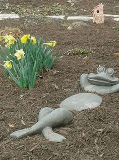 52 Fresh Front Yard and Backyard Landscaping Ideas for 2019 stone frog garden ornament ornam Cement Art, Concrete Art, Concrete Garden, Garden Crafts, Garden Projects, Garden Ideas, Art Crafts, Diy Projects Design, Garden Design Pictures