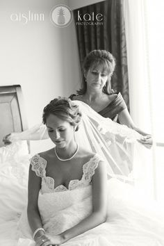 veils, bride and mom, mother-daughter photos, black and white, weddings (pensacola weddings)
