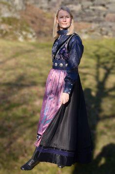 Elvira festdrakt dame, sort/lilla med blå silkeskjorte | Valland Festdrakt Fantasy Dress, Folk, Traditional, Beauty, Dresses, Design, Style, Fashion, Vestidos
