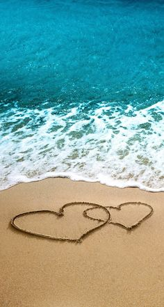 Iphone wallpaper phone wallpaper в 2019 г. beach wallpaper, beach и wal Iphone Wallpaper Ocean, Beach Wallpaper, Summer Wallpaper, Girl Wallpaper, Heart In Nature, Heart Art, Beach Pictures, Nature Pictures, Wall Paper Phone