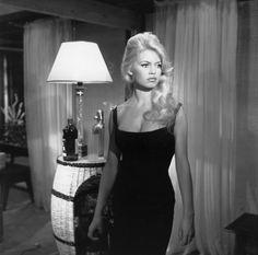 Brigitte Bardot - hair.