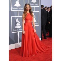 Love this dress on Rihanna! Rihanna is wearing an Azzedine Alaia dress, Neil Lane jewelry, and Manolo Blahnik shoes at the 2013 Grammy Awards. Rihanna Red Carpet Dresses, Rihanna Red Dress, Red Carpet Gowns, Elegant Prom Dresses, A Line Prom Dresses, Nice Dresses, Evening Dresses, Oscar Dresses, Formal Dress