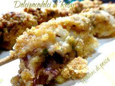 Spiedini di pesce al forno in 20 minuti facili da preparare e gustosissimi! Il segreto per renderli davvero originali ed appetibili è nella panatura, scopri