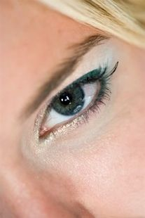 print shoot - makeup