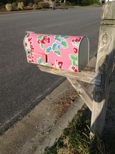 What a difference a FAT Quarter makes!!Oh So Pretty!  DIY Mail box Cover Oilcloth from OILCLOTH ADDICT