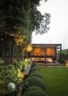 Easy DIY Backyard Landscaping On A Budget – Onechi – Gartengestaltung Ideen - New ideas Pergola Patio, Backyard Patio, Backyard Landscaping, Pergola Kits, Landscaping Ideas, Pergola Ideas, Backyard Garden Design, Terrace Garden, Back Gardens