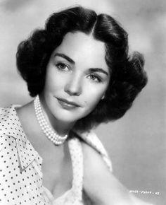 Jennifer Jones (1944) for The Song Of Bernadette