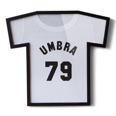 Umbra's T-shirt Frame allows users to showcase their favourite t-shirt on the wall. Perfect for that special football, rugby or university top.